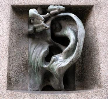 Ściany mają uszy...w Mediolanie