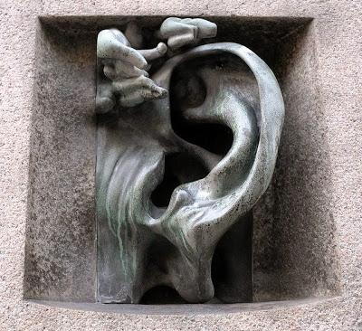 Ściany mają uszy…w Mediolanie