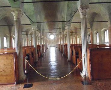 Skarby Ceseny: Biblioteca Malatestiana