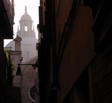 Wenecka dzielnica Dorsoduro i Bazylika Santa Maria della Salute