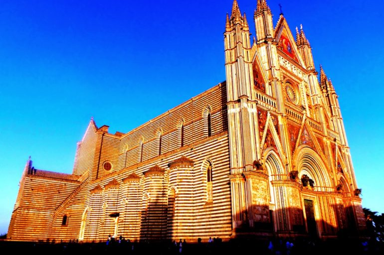 Cuda w katedrze w Orvieto
