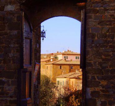 Montalcino o zapachu Brunello