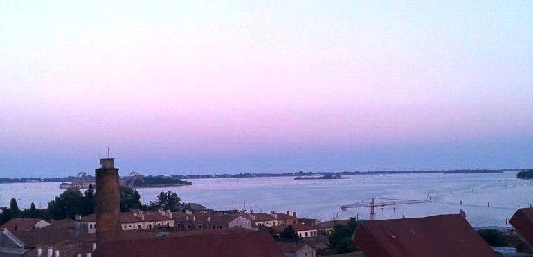Aperitif z widokiem na wenecką lagunę