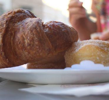 Najlepsze rogaliki Mediolanu: przewodnik Slow Food