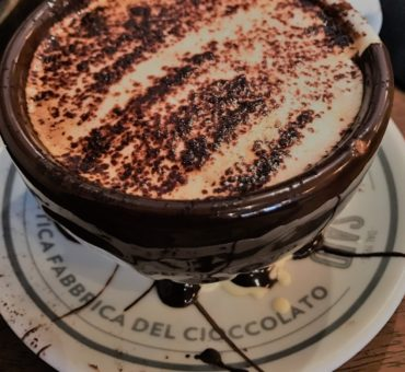 Czekoladowe cappuccino w Rzymie – opowiadanie