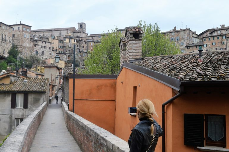 Po Via dell'Acquedotto w Perugii trzeba się przejść