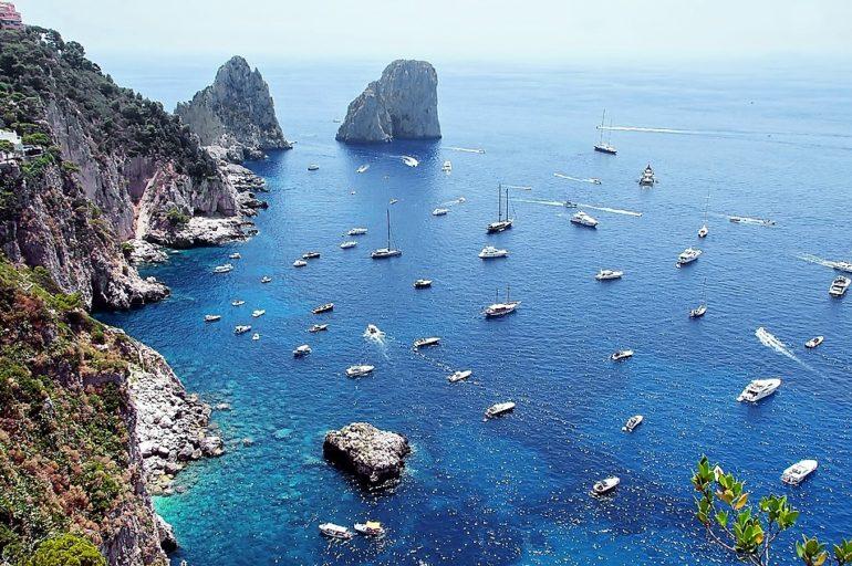 Capri od strony wody