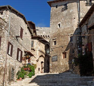 Daj się zabrać na krótką wycieczkę po regionie Lacjum